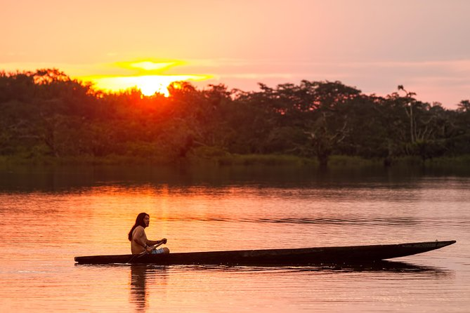 Banos Lago.Lago Agrio To Cuyabeno Wildlife Reserve 4 Day Adventure