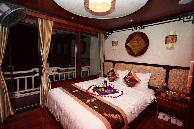 LUXURY 2 Days 1 Night Halong Bay Cruise on the Viola cruise 4**** from Hanoi