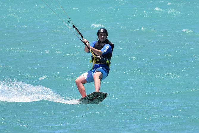 3-Day Private Kiteboarding Course at Kanaha Beach in Kahului