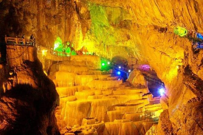 Two-day Kunming Essence Tour including Stone Forest, Jiuxiang Cave and West Hill