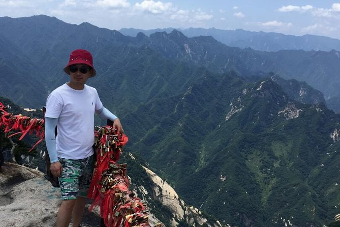 2-Day Xian Private Tour of Historical Heritages and Mt Huashan with Cable Car