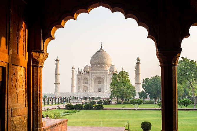 Discover india's Famous 6 Days Golden Triangle tour with Taj mahal photo 21