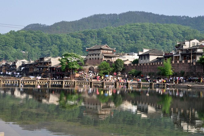 Private Overnight Tour to Fenghuang Old Town from Changsha