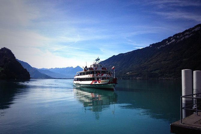 Private Day tour from Interlaken: Lake, Gorge & Waterfall