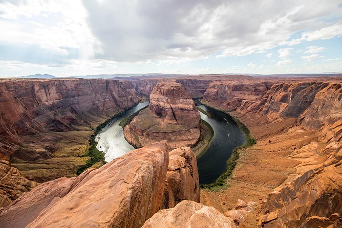Private Overnight Tour to Antelope Canyon, Horseshoe Bend Zion from Las Vegas