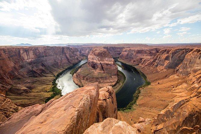 Viator Exclusive: privétour met overnachting vanuit Las Vegas naar Antelope Canyon, Horseshoe Bend, Lake Powell en Zion