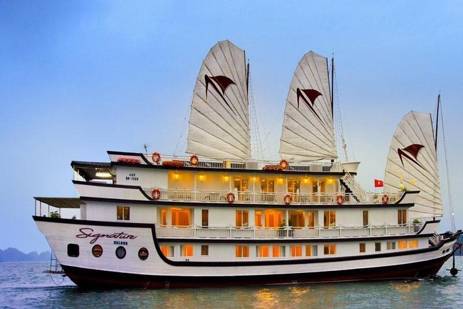 Deluxe 2 days cruise and kayak adventure in Halong Bay