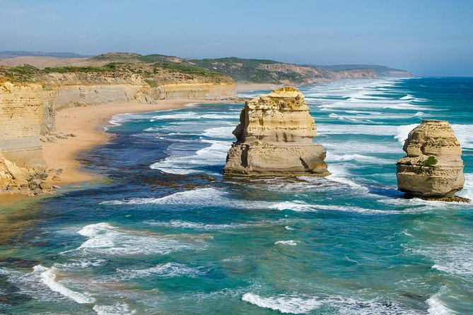 2-Day Melbourne to Adelaide Tour: Great Ocean Road and Grampians One Way Trip