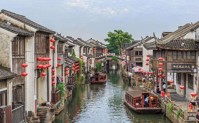 2-Day Customized Suzhou Sightseeing Tour with Tongli Water Town