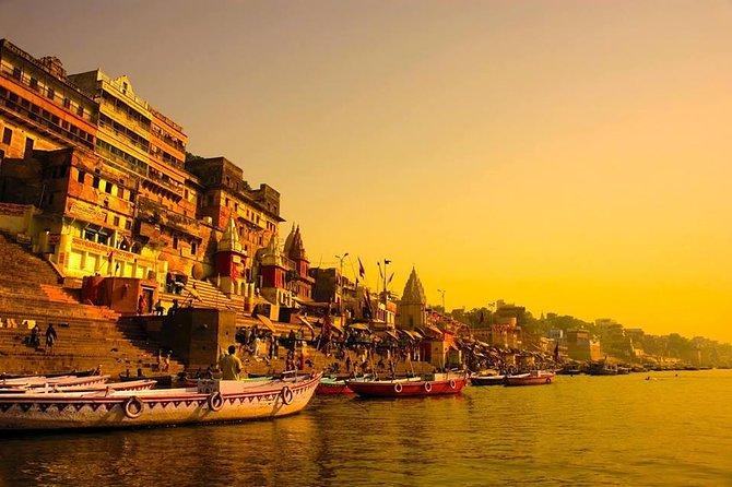 Essence of India with Varanasi with domestic flight