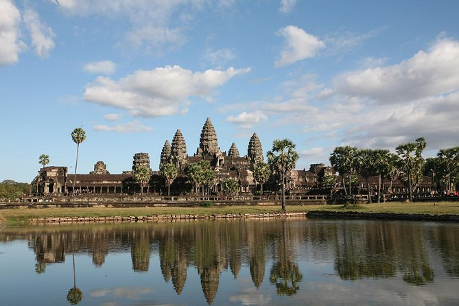 4-Day Cambodia Private Tour to Angkor Wat in Siem Reap