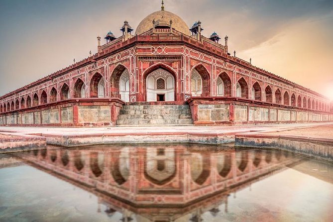 Incredible Golden Triangle Tour by Car in 3 Nights and 4 Days