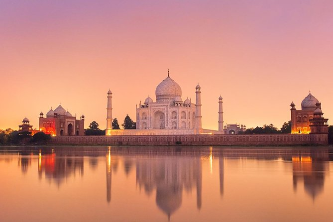 2 Day Private Agra Tour With Taj Mahal & Fatehpur Sikri From Delhi