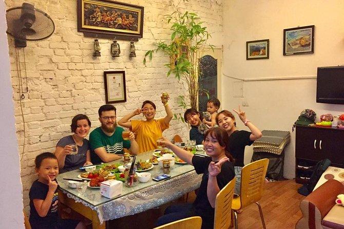 Hanoi city and Halong bay 4 days with Hue's Family