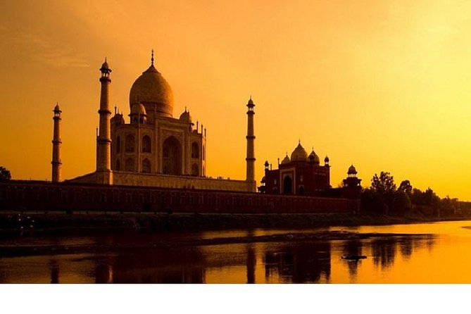 2-Days Delhi Heritage and Taj Mahal Sunrise Tour