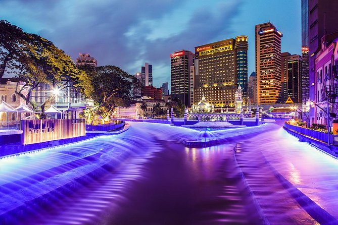 Glittering Night : KLCC Lake Symphony & The River of Life Tour from Kuala Lumpur