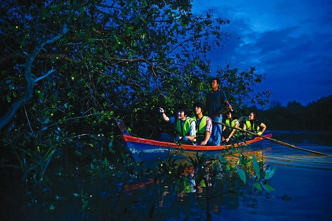 'Kelip Kelip' Fireflies & Batu Caves Tour include Seafood Dinner & Boat Ride