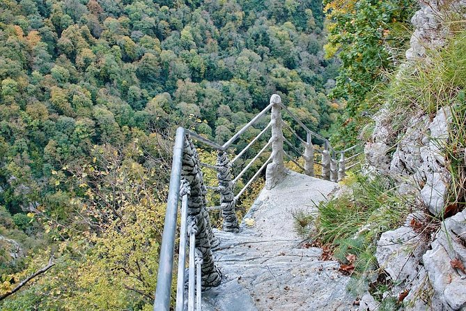 Agura Canyon and Waterfalls Private Trekking Tour from Sochi