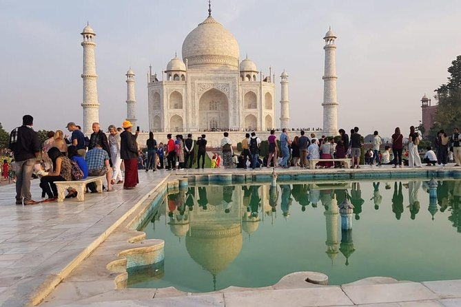 Private Taj Mahal Agra Fort Day Tour From Delhi by Car with all Inclusive