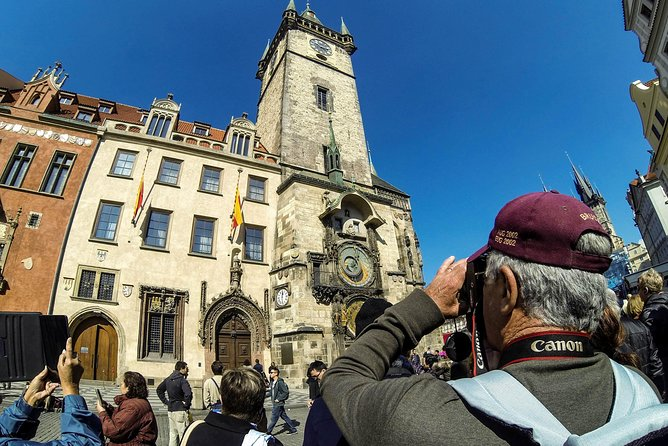 Prague Old Town Walking Tour with Cafe Stop