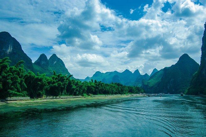 Excursão em grupo de ônibus: cruzeiro pelo rio Li com melhor valor