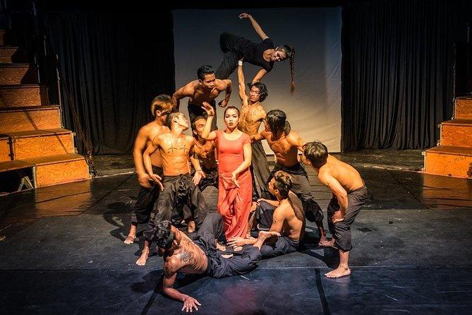 SIEM REAP - Cambodian Phare Circus Show by Tuk-Tuk