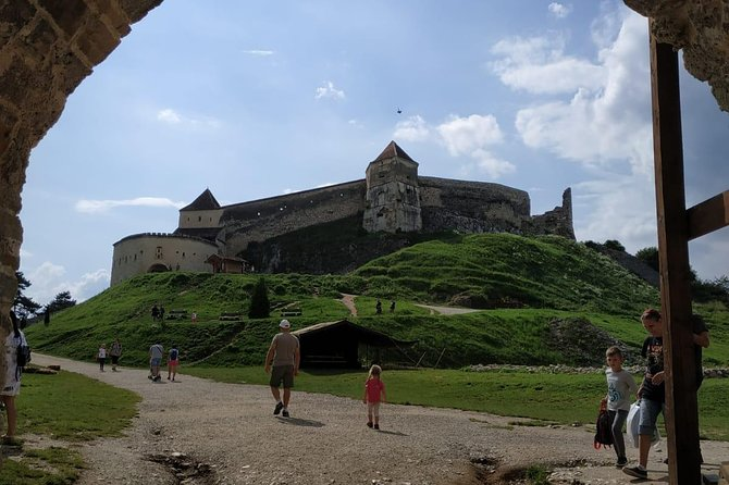 Full-Day Dracula Castle, Peles Castle and Râșnov Citadel Tour from Bucharest photo 4