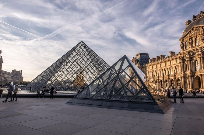 LOUVRE & ORSAY PRIVATE TOUR - Skip the line & Local Expert guide