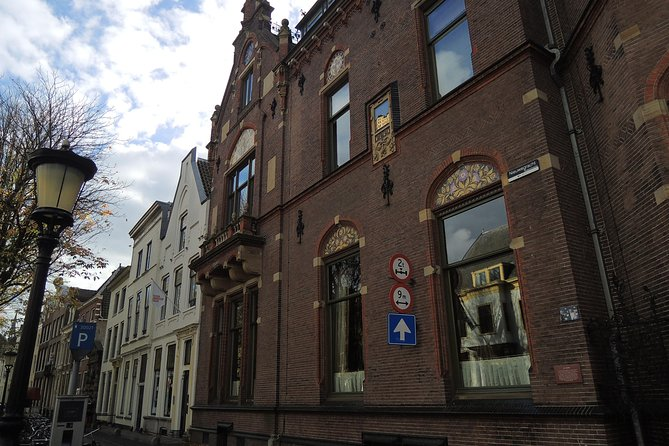 Utrecht Private Tour: City Center Mystery Exploration Game