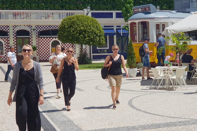 Special Tour Around Lisbon and Shopping Full Day photo 37
