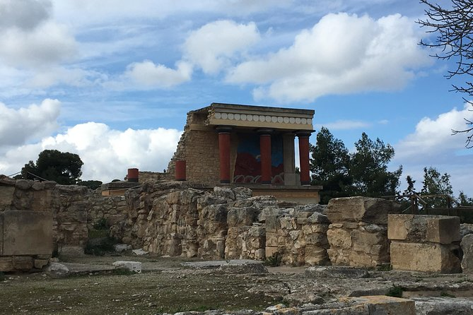 Visit Knossos palace (Tour & Skip-the-Line Ticket)