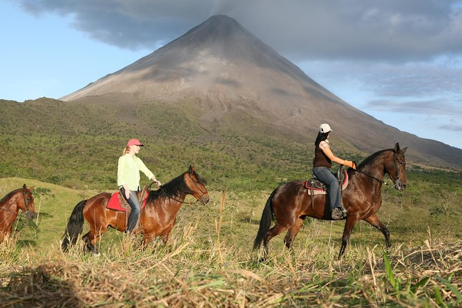 Private and Customized Horseback Riding Adventures
