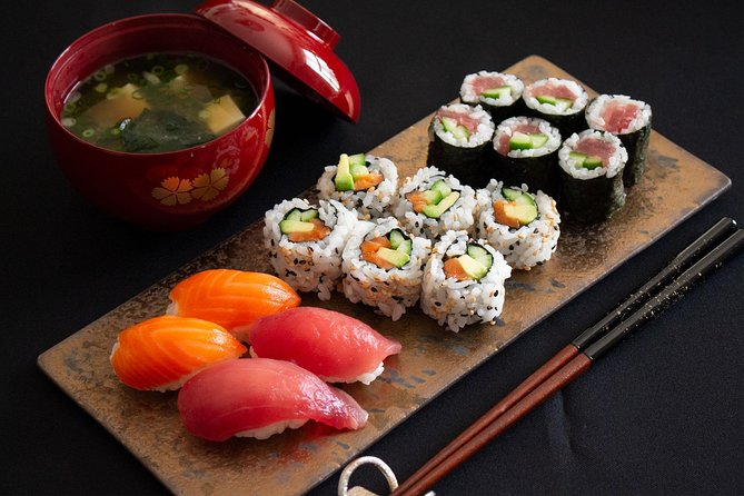 Be a SUSHI MASTER and cook miso soup