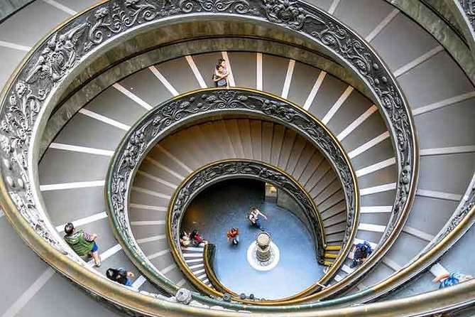 Vatican Museums, Sistine Chapel and St. Peter's Basilica Private Tour 4/5 hrs