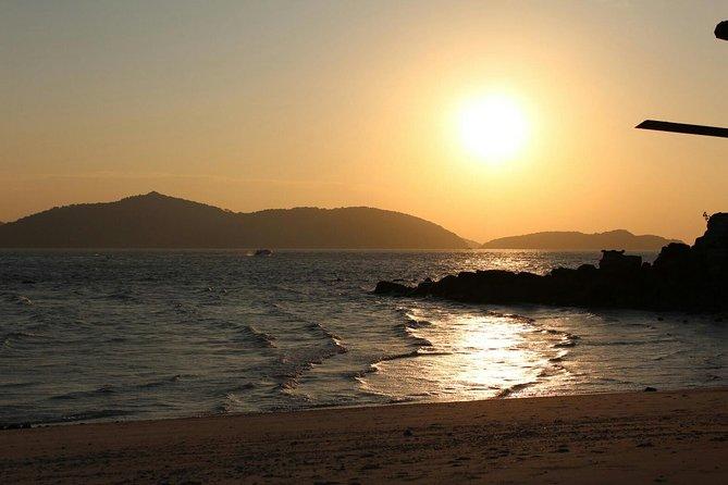 Phi Phi Islands Sunrise tour
