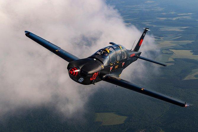 A Sensation Flight on Patrol Airplane Air Force School, epsilon!