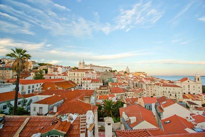 Lisbon: Alfama District Walking Tour
