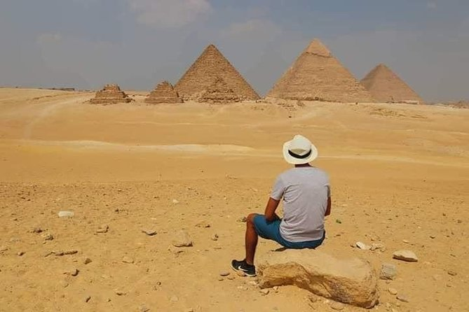 Private Half-Day Tour of the Giza Pyramids &Solar Boat Museum &Lunch &Camel Ride