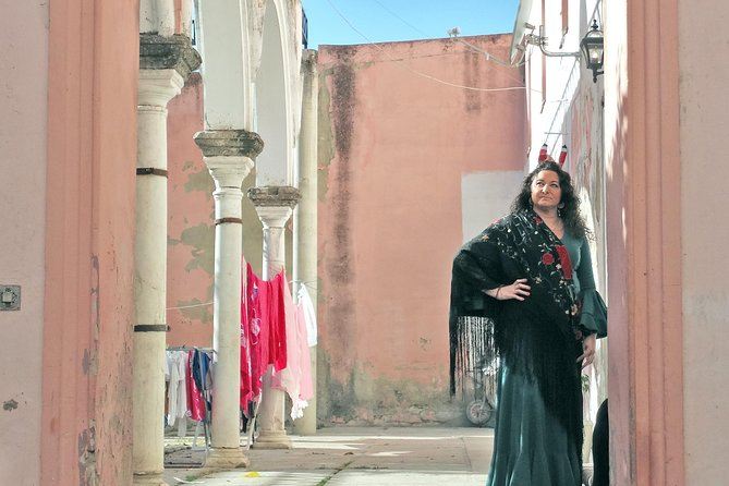 From Cádiz: Private Flamenco Experience, the life of a 'Bailaora'