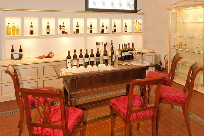 Extensive wine tasting at Tenuta Moriano