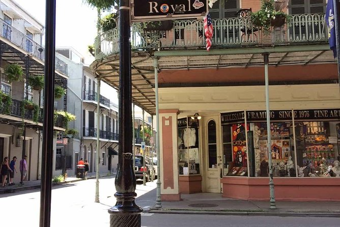 Private Funky NOLA Shopping and Art Galleries Tour