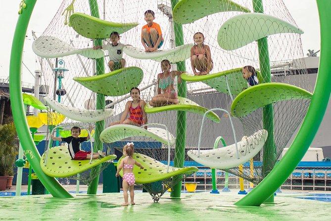 https://media.tacdn.com/media/attractions-splice-spp-674x446/06/f9/12/05.jpg
