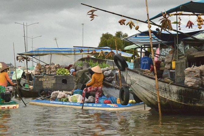 Cycling inner Mekong BenTre TraVinh NgaNam floating market 3days