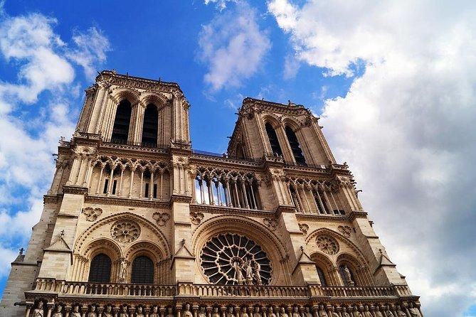 Erkunden Sie Paris von Notre Dame bis zum Louvre wie ein Einheimischer - Private Wanderung