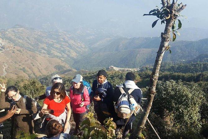 2 days hiking from Kathmandu: Chisapani to Nagarkot