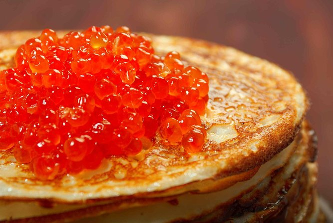 Private Cooking Class: Russian traditional Blini with red caviar and Shchi in pipkin