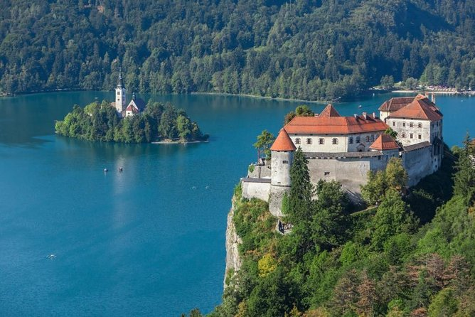 Bled Castle Entrance Ticket with Transfer from Bled