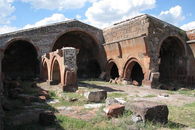 Aruch medieval caravansary XIIIc
