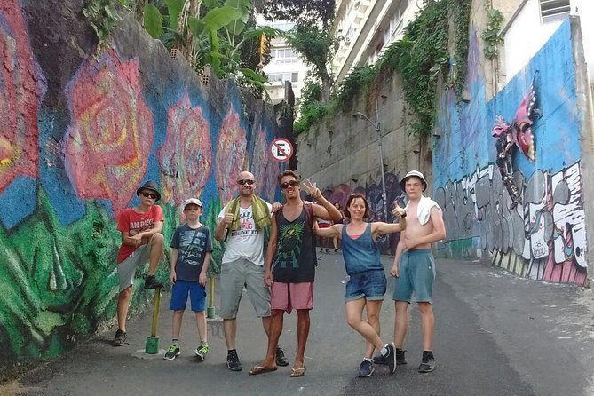 Rio de Janeiro: Vidigal Favela tour with a local expert and Caipirinha workshop photo 7