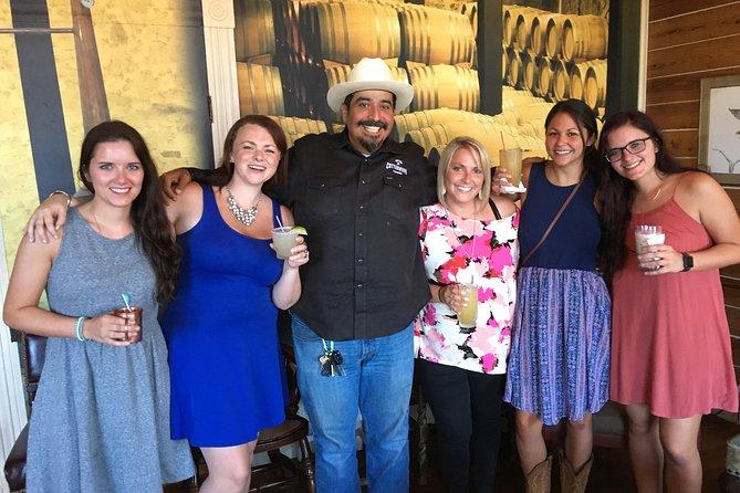 Probieren Sie die Fredericksburger Weintour von San Antonio aus
